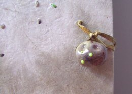 Bud Spud Bonsai Potato, detail of bead